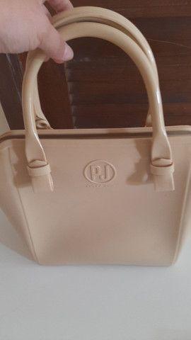 Bolsa Petite Jolie original, com uma pequena marca atrás  - Foto 4