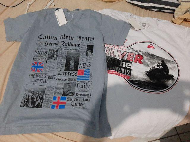 2 camisas tamanho P(15 R$ cada) na etiquetas. Novas. Comprei.tamanho errado.