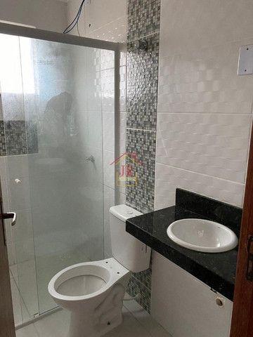 Bela Cobertura com três dormitórios sendo uma suíte, banheiro social - Foto 9
