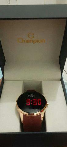 Vendo esse relógio digital semi novo usado duas vezes - Foto 2