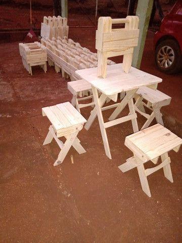 Mesas e banquinhos dobráveis  - Foto 2