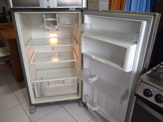Refrigerador Brastemp Frost Free Duplex Ative Brm47b Inox - Foto 5