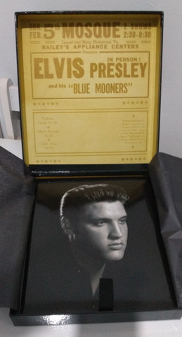 Elvis Presley. Posters, História, Fotos e Documentos (Português) Publifolha - Foto 3
