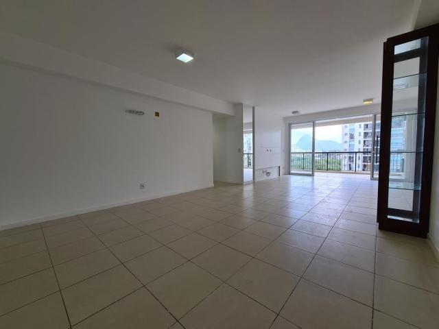 Apartamento para Venda em Rio de Janeiro, Jacarepaguá, 3 dormitórios, 3 suítes, 4 banheiro - Foto 2