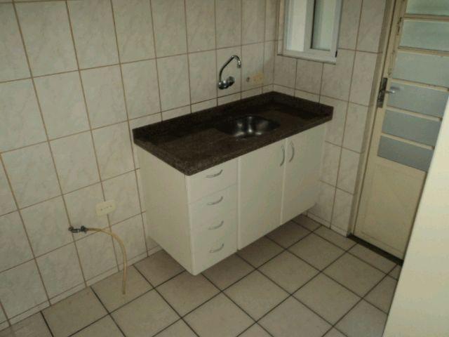 Locação   Apartamento com 27.98m², 1 dormitório(s), 1 vaga(s). Zona 07, Maringá - Foto 3