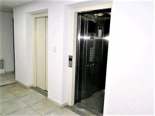 Locação   Apartamento com 21.38m², 1 dormitório(s), 1 vaga(s). Zona 07, Maringá - Foto 7