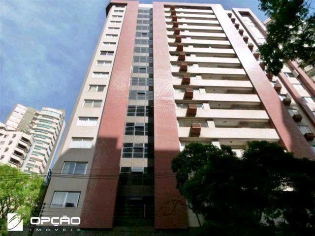 Locação   Apartamento com 204.23m², 3 dormitório(s), 1 vaga(s). Zona 01, Maringá