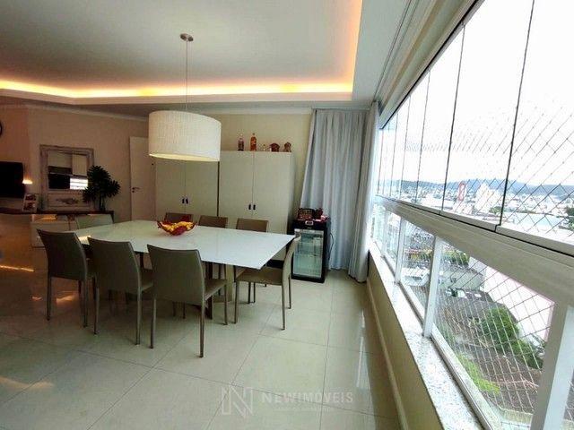 Apartamento 3 Dormitórios Mobiliado em Balneário Camboriú - Foto 2