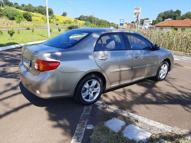 Vendo Corolla XEI aut impecável, revisado, baixa km. Confira! - Foto 2