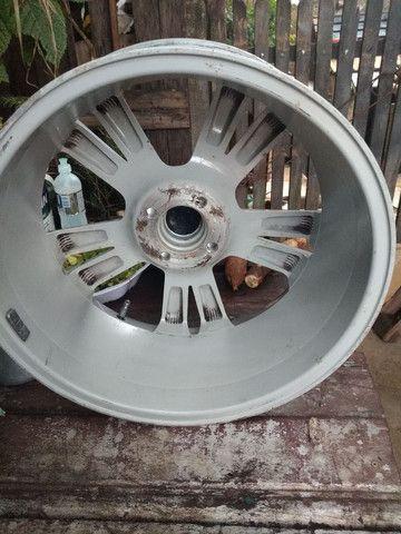 200 uma  roda só aro 17 - Foto 2