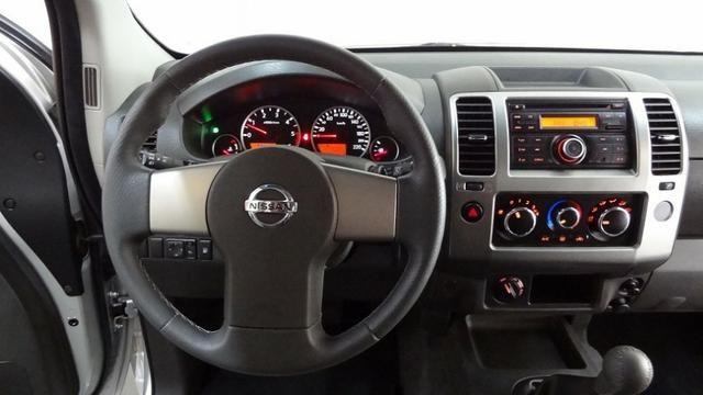 Nissan Frontier SV Attack 2.5 TD CD 4×4 - Foto 8