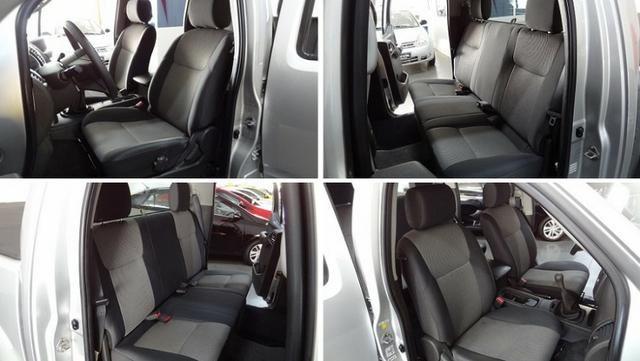 Nissan Frontier SV Attack 2.5 TD CD 4×4 - Foto 10