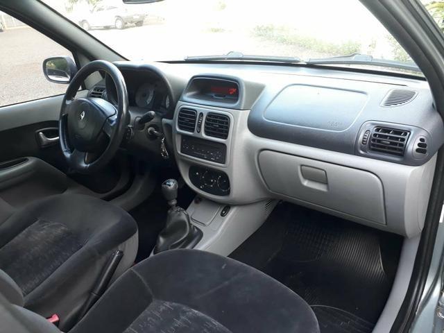 Clio 1.6 sedan completo (muito barato) - Foto 9