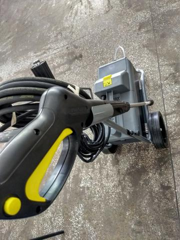 Lavadora Profissional Karcher - HD 585 - Foto 6