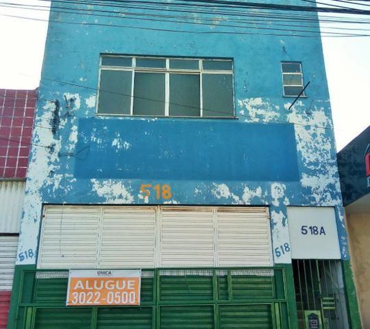 Alugue Galpão com 900m² na Rua do Acre - Foto 2