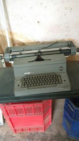 Máquina de escrever antiguidade