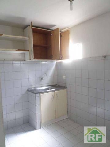 Apartamento com 3 dormitórios para alugar, 70 m² por R$ 600,00 - Parque São João - Teresin