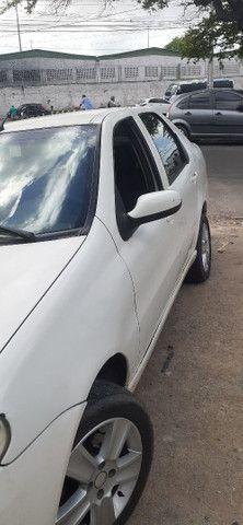 Vendo ou troco em carro hatch  - Foto 2