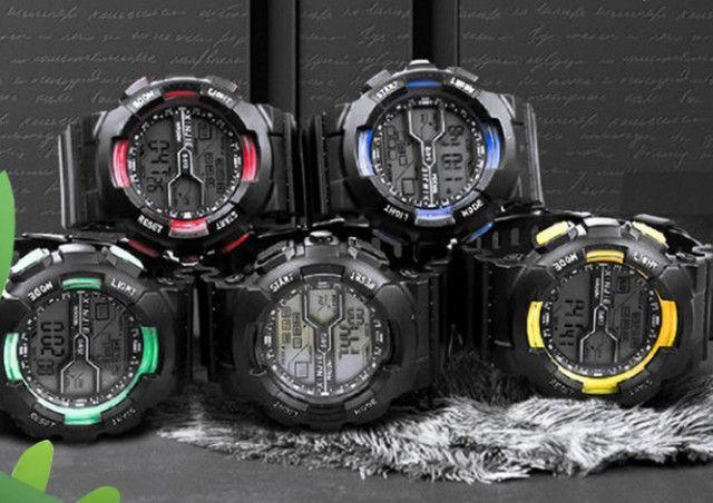 Relógio Eletrônico Esportivo A Prova D'água - Foto 2