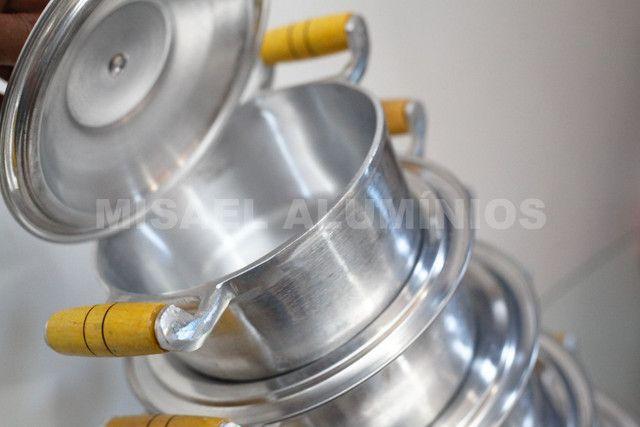 Jogo de panelas de aluminio batido  - Foto 3