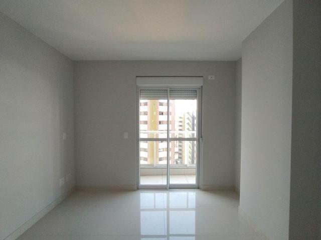 Locação   Apartamento com 81.26m², 2 dormitório(s), 2 vaga(s). Zona 01, Maringá - Foto 11