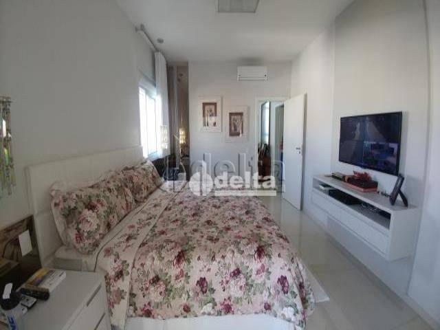 Casa com 6 dormitórios à venda, 480 m² por R$ 1.700.000,00 - Jardim América II - Uberlândi - Foto 14