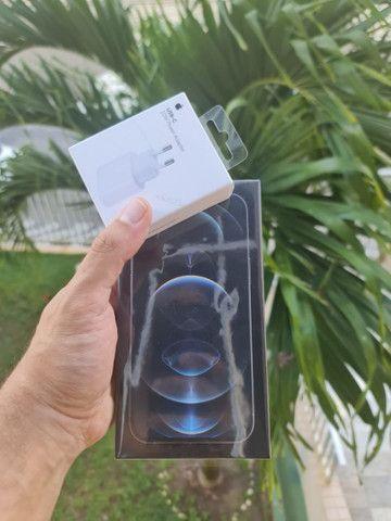 iPhone 12 pro max + carregador