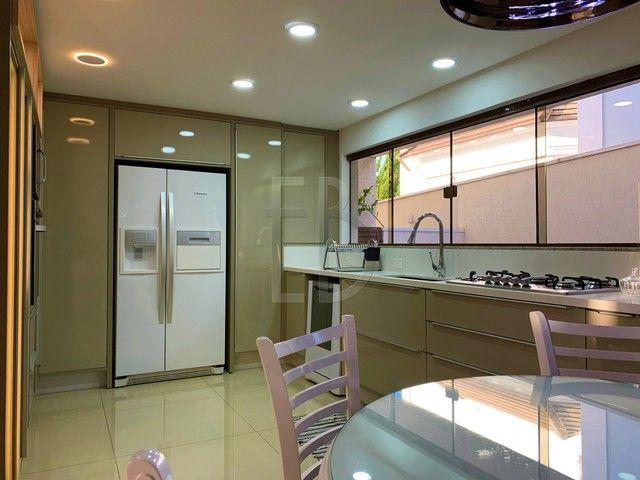 Casa de condomínio para venda com 585 metros quadrados com 5 quartos - Foto 16
