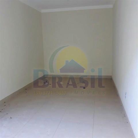 Casa de 2 pavimentos, com 3 quartos, no Bairro Novo Horizonte - Foto 2