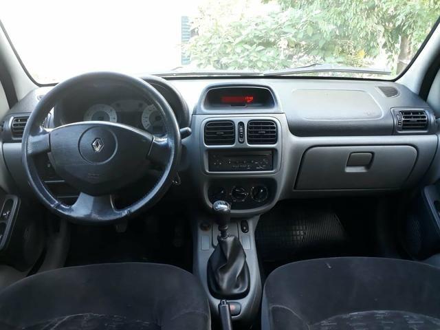 Clio 1.6 sedan completo (muito barato) - Foto 8