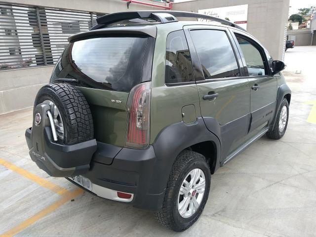 Fiat Idea Adventure 1.8 E-Torq 2011 Automatico (Dualogic) - Foto 5