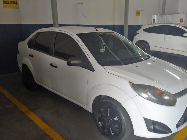 Fiesta sedan - Foto 6
