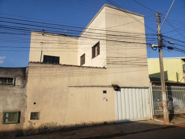 Samuel Pereira oferece: Sobrado AR 06 Sobradinho II Aceita Financiamento