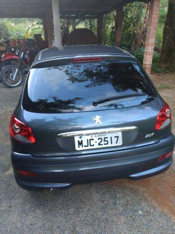 Vendo Peugeot 207 1.4 2012 - Foto 5