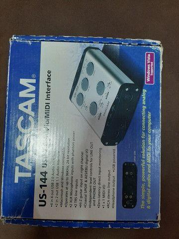 Interface de Audio Tascam - Foto 2