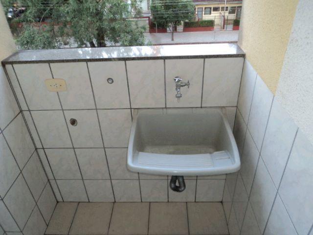 Locação   Apartamento com 27.98m², 1 dormitório(s), 1 vaga(s). Zona 07, Maringá - Foto 4