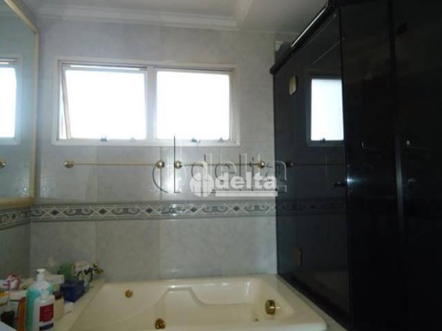 Apartamento com 4 dormitórios à venda, 167 m² por R$ 800.000,00 - Osvaldo Rezende - Uberlâ - Foto 14