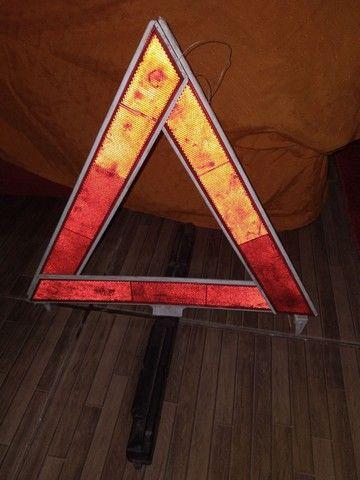Triângulo veicular - Foto 3