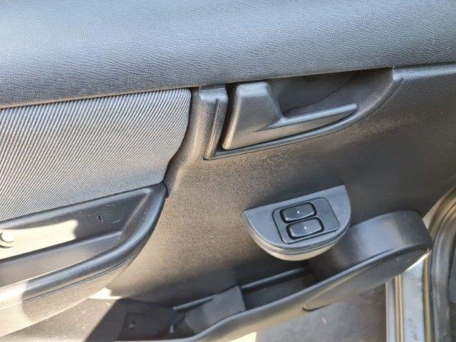 Chevrolet Celta LT 1.0 2012 - Uberaba - Foto 11