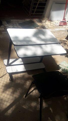Mesa com cadeira - Foto 3