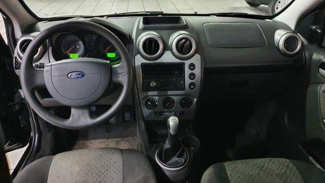 Ford Fiesta hatch 1.6 - Foto 9