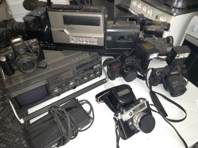 Coisas antigas Maq. fotograficas, filmadoras e rádios etc