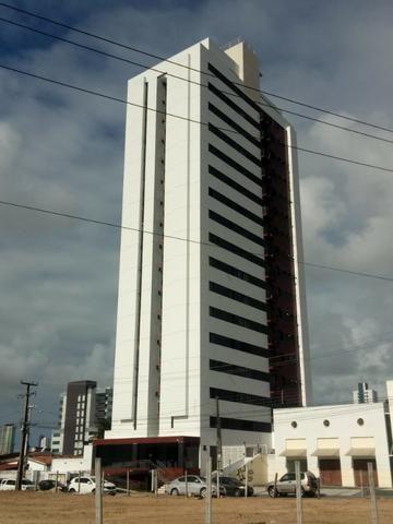 Apartamento no Bairro da Torre 2 Quartos com área de lazer
