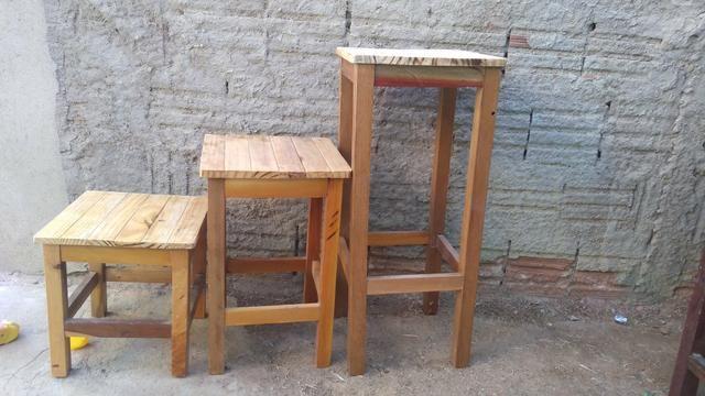 Banquinhos de madeira - Foto 3
