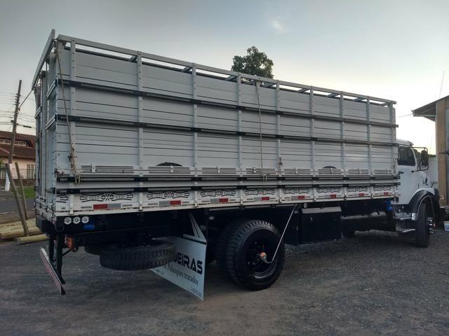 Caminhão boiadeiro 1113 para pessoas exigente - Foto 12