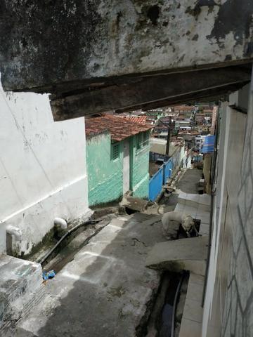 Vendo Casa em Nova Descoberta - Prox. Largo de Dona Regina -