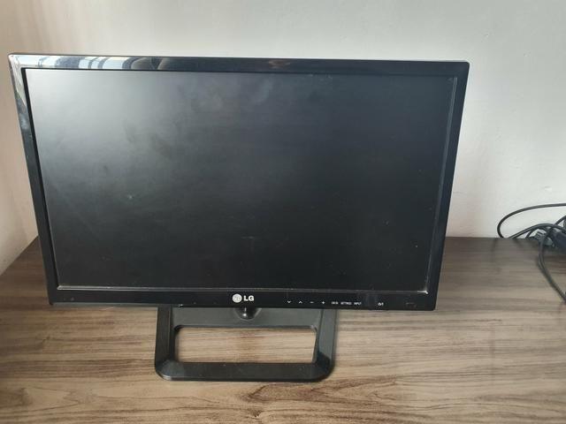 TV LG - 22 polegadas FULL HD