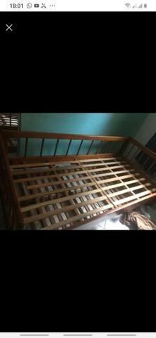 Bi cama de madeira