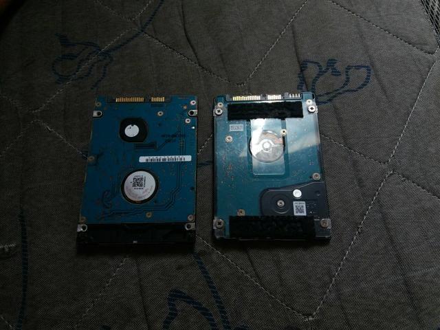 HDs: Toshiba: 320 gigas e Fujitsu: 160 gigas - Foto 2