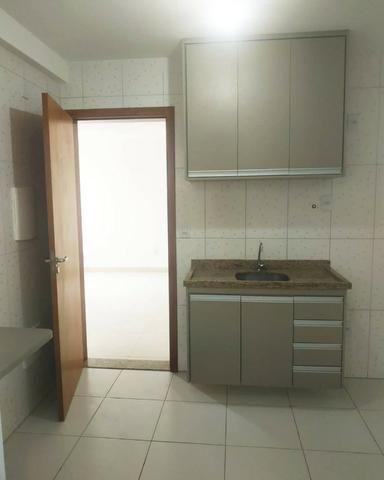 Alugo Apartamento 2 quartos sendo uma suíte 2 vagas de garagem em condomínio fechado - Foto 5
